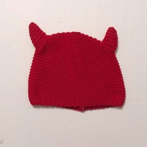 NWOT GAP RED HAT  SIZE 18-24 MONTHS